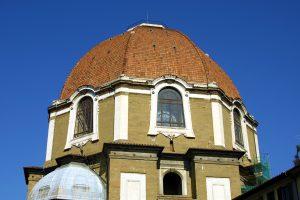 LES CHAPELLES DE SAN LORENZO AVEC VOTRE GUIDE FRANCOPHONE : Les tombeaux de la famille Médicis.